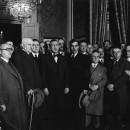L'endemà de les eleccions victorioses. Pere Coromines al costat de Carles Pi i Sunyer, Antoni M. Sbert i Odó Hurtado, 17 febrer 1936. Foto: J. Domínguez, Barcelona.